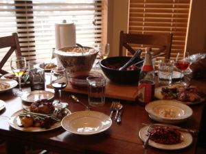 1115586_thanksgiving_table.jpg