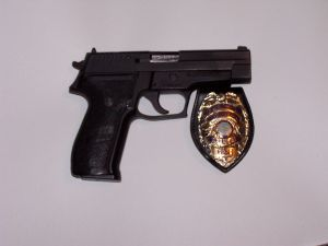 sig-40-and-badge-158060-m.jpg